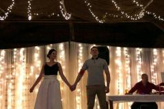 Novomanželé se světýlky