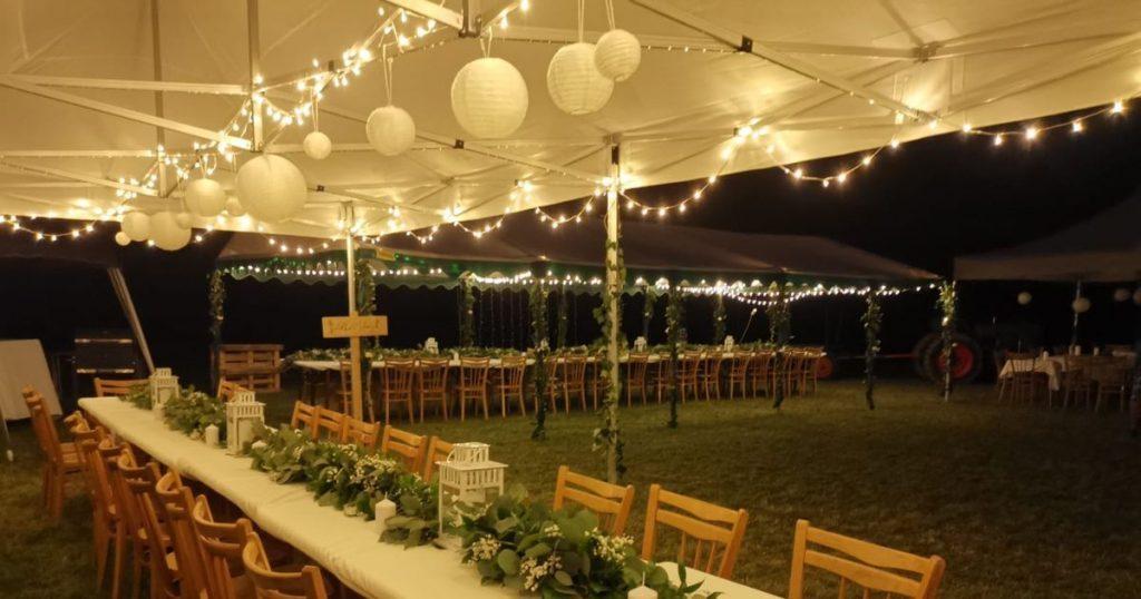 Svietelné reťazy na svadbe