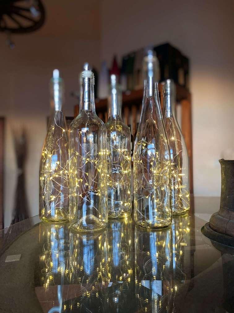 svíticí láhev dekorace