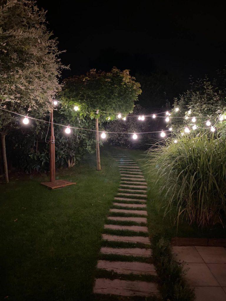 žárovkový řetěz