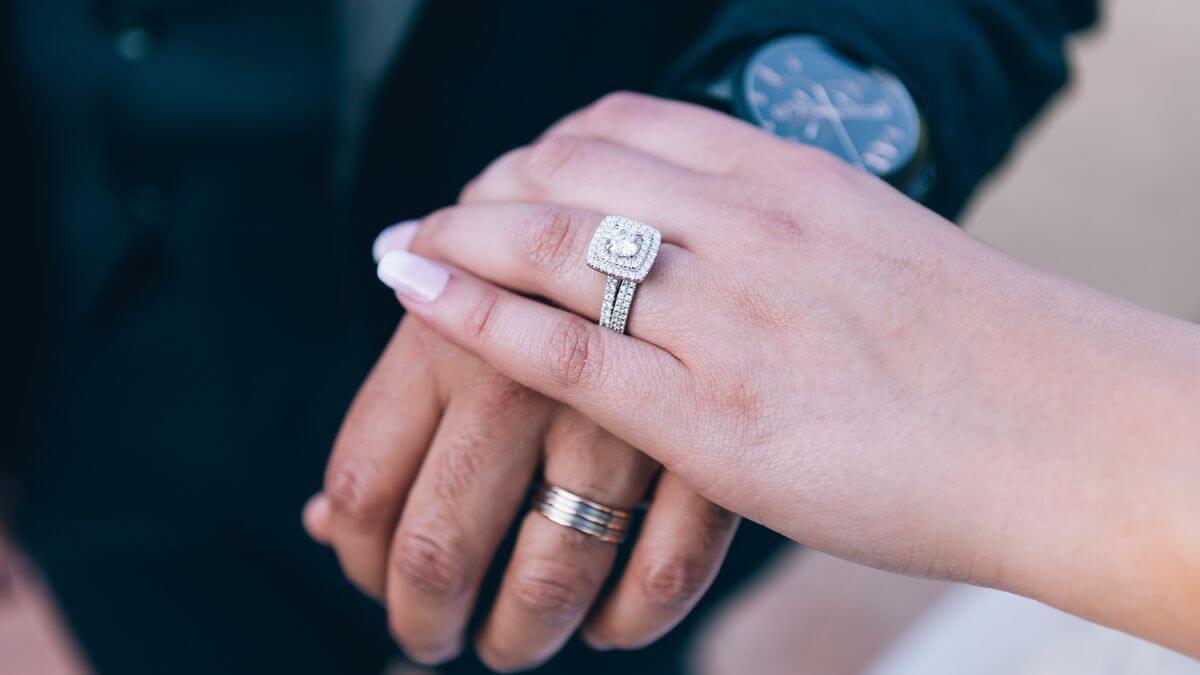 zásnubní a snubní prsten set